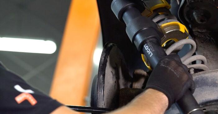 Consigli passo-passo per la sostituzione del fai da te Touran 1t3 2011 1.2 TSI Molla Ammortizzatore