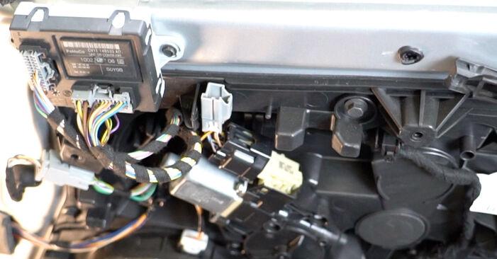 Fiesta Mk6 Hatchback (JA8, JR8) 1.4 LPG 2019 Wing Mirror DIY replacement workshop manual