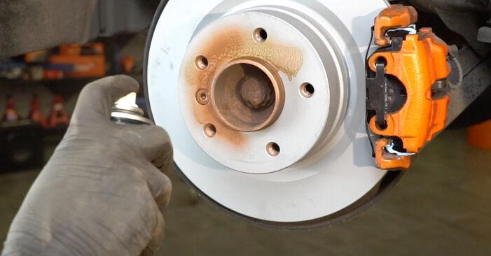 Recomendaciones paso a paso para la sustitución por su cuenta BMW E82 2007 125i 3.0 Sensor de Desgaste de Pastillas de Frenos