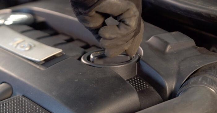 Zamenjajte Oljni filter na Golf 5 2006 1.9 TDI sami
