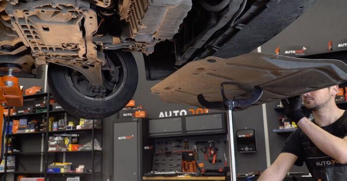 Kako zamenjati Oljni filter na VW Golf V Hatchback (1K1) 2008 - prenesite PDF priročnike in video navodila
