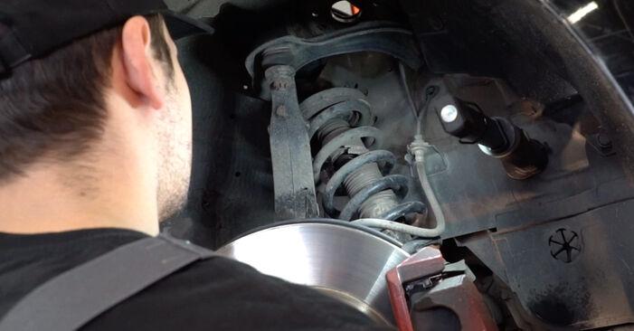 Wie schwer ist es, selbst zu reparieren: Stoßdämpfer Honda Accord VIII CU 2.2 i-DTEC (CU3) 2014 Tausch - Downloaden Sie sich illustrierte Anleitungen