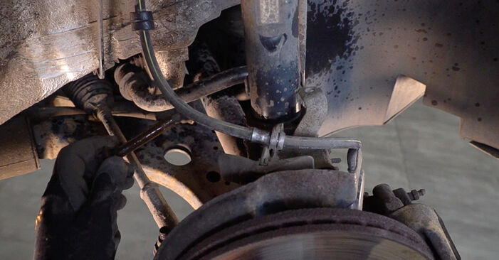 How to change Shock Absorber on Skoda Fabia 6y5 1999 - free PDF and video manuals
