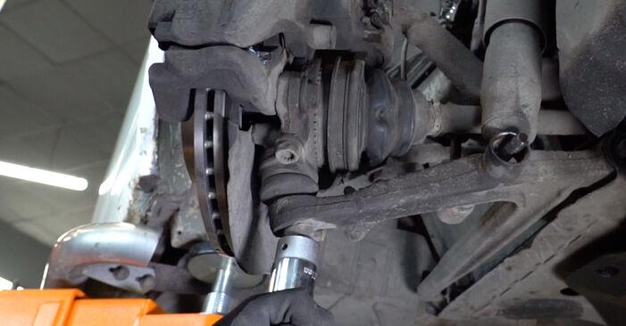 VW TRANSPORTER 1.9 TD Stoßdämpfer ersetzen: Tutorials und Video-Wegleitungen online