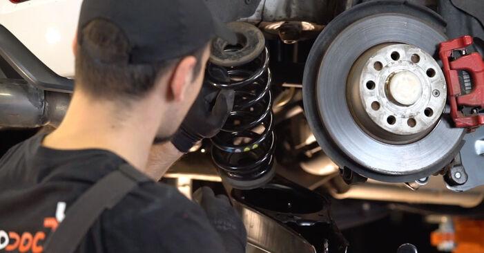 Faites-le vous-même : tutoriel en ligne pour le changement de VW GOLF Ressort d'Amortisseur