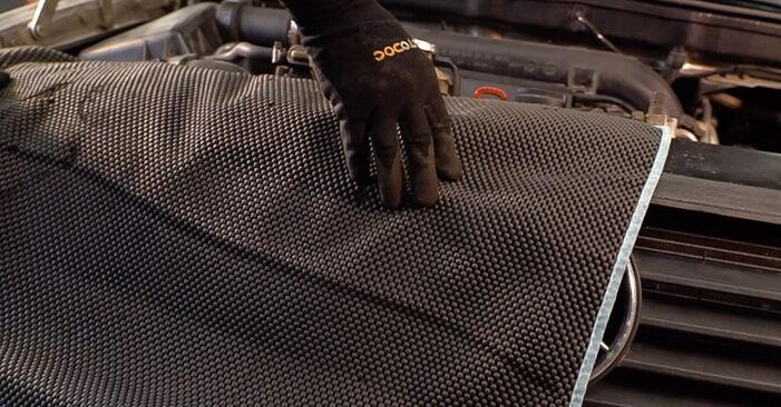 Svojpomocná výmena Tlmič pruzenia na aute Mercedes W638 Bus 1998 112 CDI 2.2 (638.194)