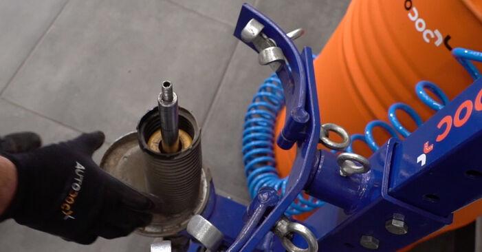 Cómo reemplazar Muelles de Suspensión en un FORD Focus II Berlina (DB_, FCH, DH) 1.6 TDCi 2005 - manuales paso a paso y guías en video