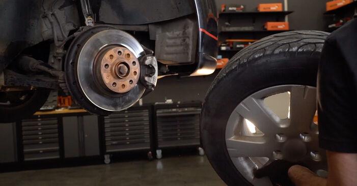 Como remover VW GOLF 2.0 TDI 16V 2007 Tirante da Barra Estabilizadora - instruções online fáceis de seguir
