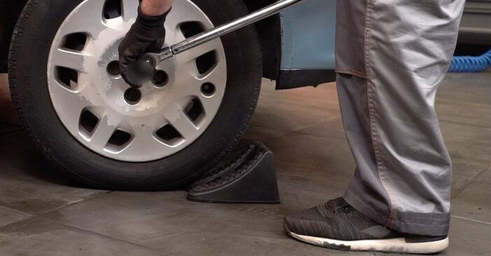 Come rimuovere FIAT PUNTO 1.9 JTD 2003 Biellette Barra Stabilizzatrice - istruzioni online facili da seguire