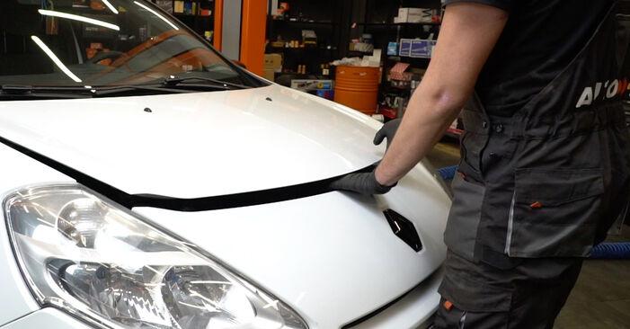 Hogyan Renault Clio 3 2005 Toronycsapágy cseréje - ingyenes PDF és videó-útmutatók
