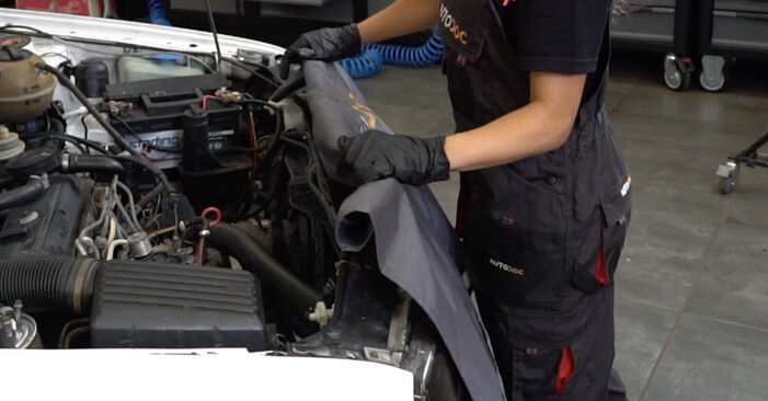 Changing of Oil Filter on Golf 3 1991 won't be an issue if you follow this illustrated step-by-step guide