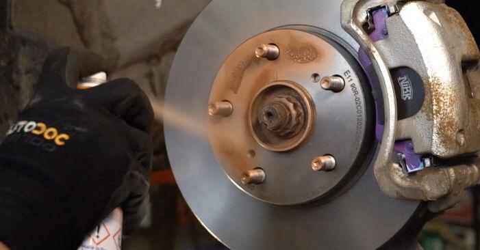 Schritt-für-Schritt-Anleitung zum selbstständigen Wechsel von Toyota Auris e15 2012 1.4 (ZZE150_) Koppelstange