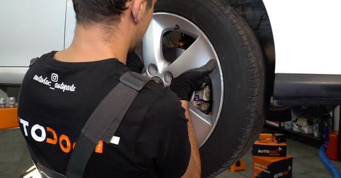 Wie Koppelstange Toyota Auris e15 1.4 D-4D (NDE150_) 2006 tauschen - Kostenlose PDF- und Videoanleitungen