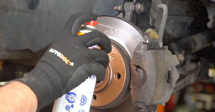 Changing of Poly V-Belt on Golf 3 1991 won't be an issue if you follow this illustrated step-by-step guide