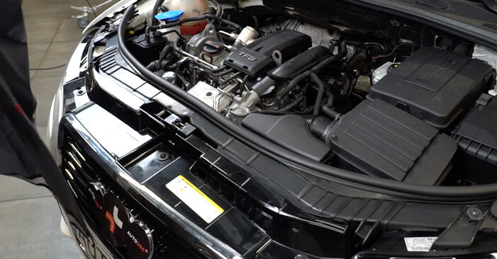 Byt A3 Sportback (8PA) 1.6 2004 Luftfilter – gör det själv med verkstadsmanual
