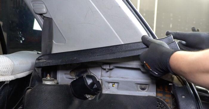 Wechseln Federn am VW GOLF III (1H1) 1.9 TDI 1994 selber
