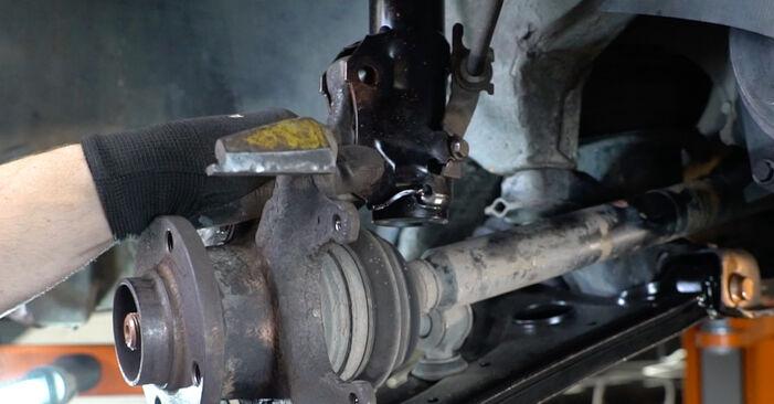 VW GOLF 1998 Łożysko koła instrukcja wymiany krok po kroku