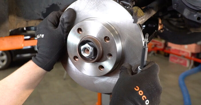 How to replace VW GOLF III (1H1) 2.8 VR6 1992 Wheel Bearing - step-by-step manuals and video guides