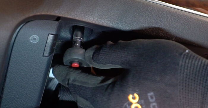 How to remove AUDI A6 2.0 TFSI 2008 Pollen Filter - online easy-to-follow instructions