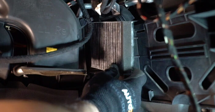 Innenraumfilter Ihres Audi A6 4f2 2.4 2004 selbst Wechsel - Gratis Tutorial