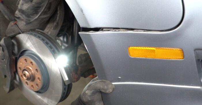 Как се сменя Комплект зъбен ремък на AUDI A4 Седан (8EC, B7) 2006 - съвети и номера