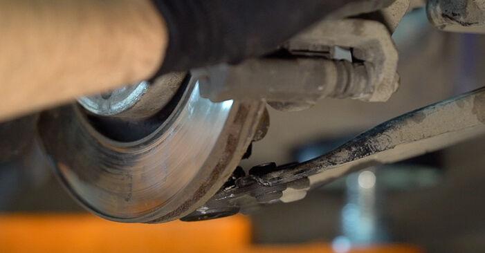 Remplacer Amortisseurs sur Peugeot 208 1 2012 1.4 HDi par vous-même