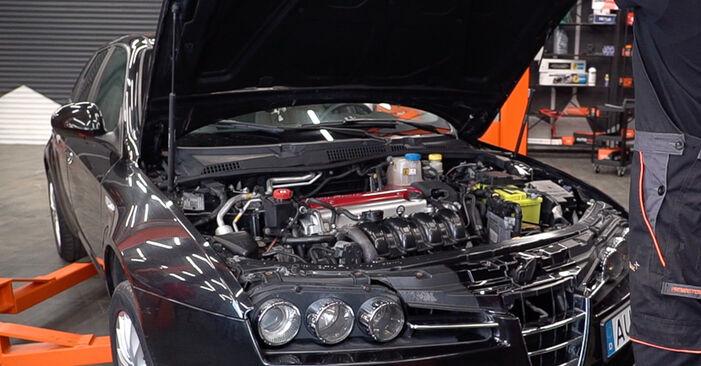 Wie Stoßdämpfer Alfa Romeo 159 Sportwagon 1.9 JTDM 16V 2005 tauschen - Kostenlose PDF- und Videoanleitungen