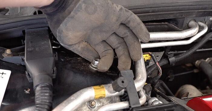 Stoßdämpfer Alfa Romeo 159 Sportwagon 2.0 JTDM 2007 wechseln: Kostenlose Reparaturhandbücher