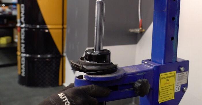 Stoßdämpfer beim BMW 3 SERIES 325d 3.0 2011 selber erneuern - DIY-Manual