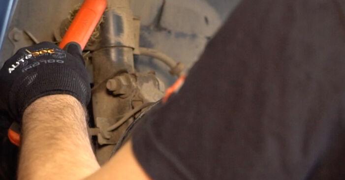 VOLVO V70 2.4 T Stoßdämpfer ausbauen: Anweisungen und Video-Tutorials online