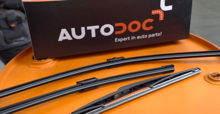 How to change Wiper Blades on PEUGEOT 207 (WA_, WC_) 2006 - free PDF and video manuals
