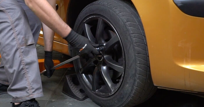 How to change Track Rod End on PEUGEOT 207 (WA_, WC_) 2006 - free PDF and video manuals