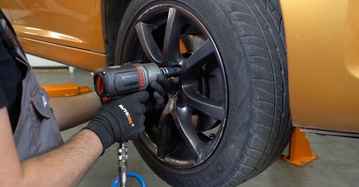 Wechseln Sie Bremsscheiben beim PEUGEOT 207 (WA_, WC_) 1.4 16V 2009 selbst aus