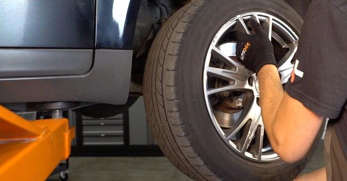 Austauschen Anleitung Stoßdämpfer am Audi A4 B6 Avant 2000 1.9 TDI selbst