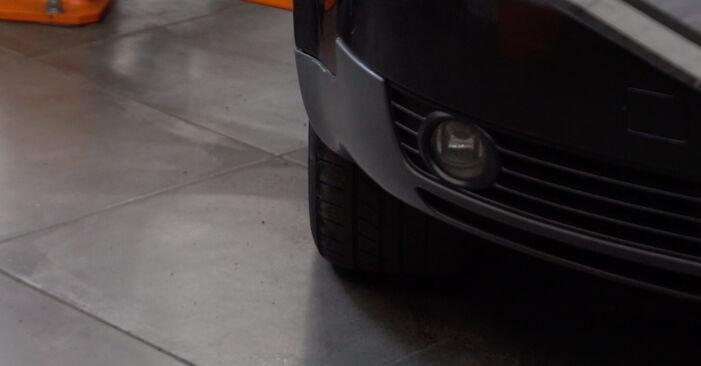Wie Stoßdämpfer AUDI A4 Avant (8E5, B6) 2.5 TDI quattro 2001 austauschen - Schrittweise Handbücher und Videoanleitungen