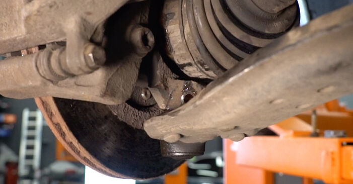 Tausch Tutorial Stoßdämpfer am CITROËN XSARA PICASSO (N68) 2011 wechselt - Tipps und Tricks
