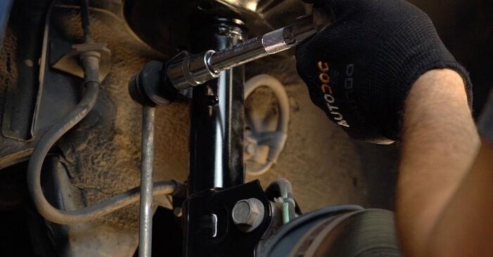 TOYOTA PRIUS 1.5 Hybrid (NHW2_) Stoßdämpfer ausbauen: Anweisungen und Video-Tutorials online