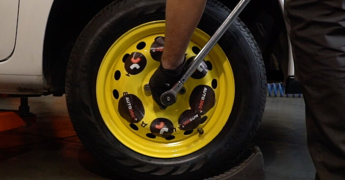 Schritt-für-Schritt-Anleitung zum selbstständigen Wechsel von Renault Clio 3 2018 1.2 16V Hi-Flex Wasserpumpe + Zahnriemensatz