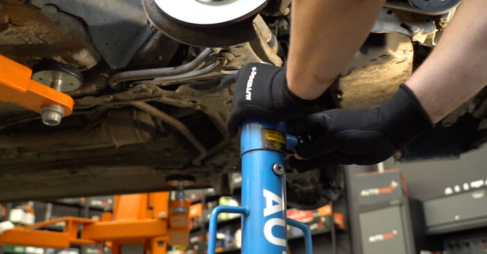 Step-by-step recommendations for DIY replacement Golf 3 1996 1.6 Shock Absorber