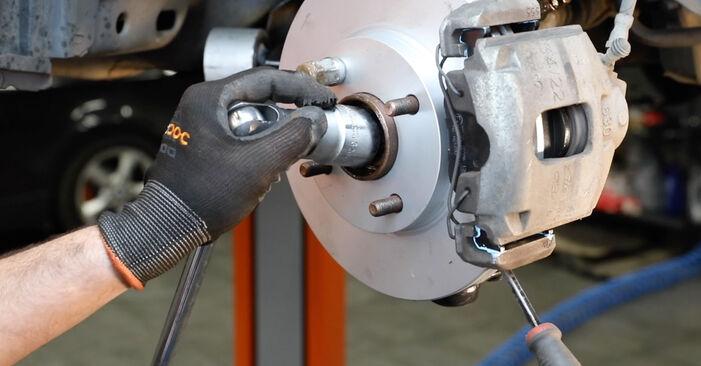 Wechseln Stoßdämpfer am FORD Fiesta Mk5 Schrägheck (JH1, JD1, JH3, JD3) 1.25 16V 2004 selber