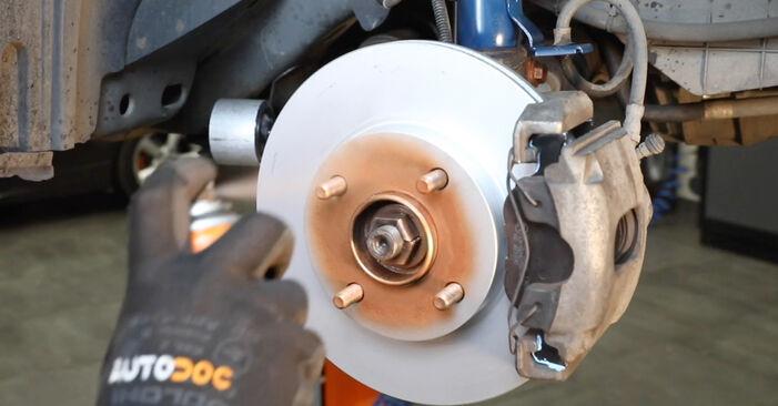 Stoßdämpfer beim FORD FIESTA 1.0 2008 selber erneuern - DIY-Manual