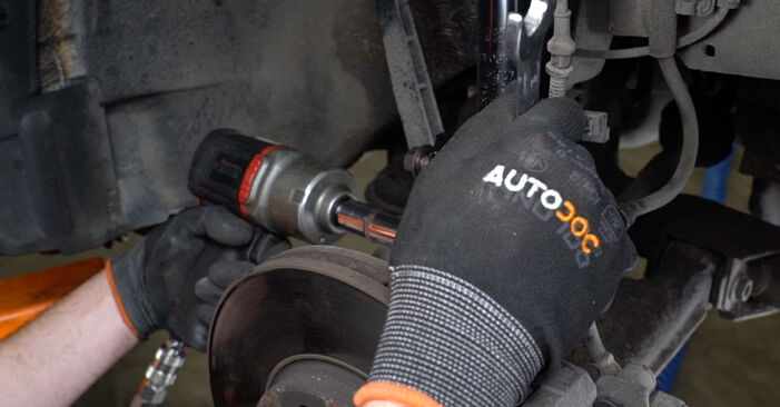 Stoßdämpfer Opel Zafira f75 2.2 DTI 16V (F75) 2001 wechseln: Kostenlose Reparaturhandbücher