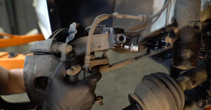 Hoe Schokbrekers VW Polo Sedan (602, 604, 612, 614) 2021 wisselen – raad en uitleg