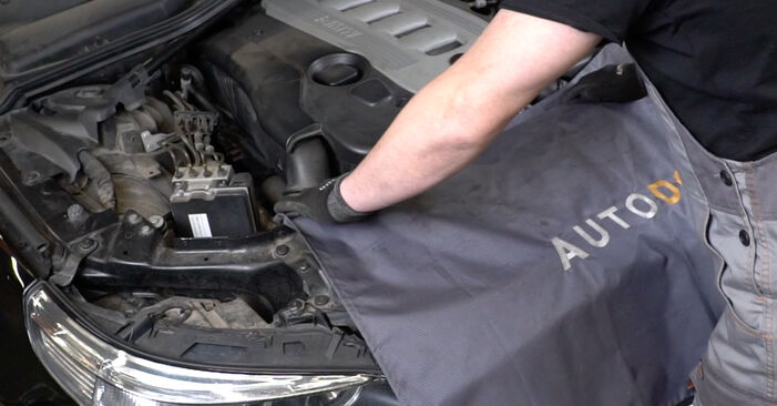 How to replace BMW 5 Saloon (E60) 530d 3.0 2002 Shock Absorber - step-by-step manuals and video guides