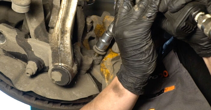 BMW 5 SERIES 525d 2.5 Shock Absorber replacement: online guides and video tutorials
