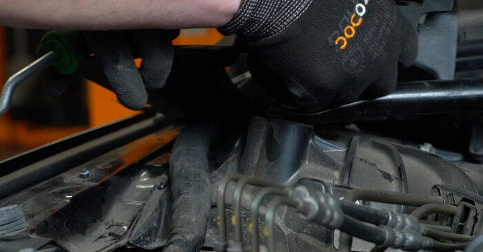 Changing Shock Absorber on BMW 5 Saloon (E60) 520i 2.2 2004 by yourself