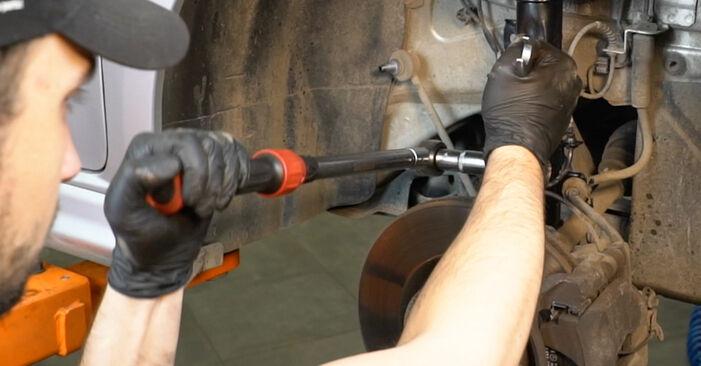 Modifica Ammortizzatori su FIAT GRANDE PUNTO (199) 1.4 16V 2011 da solo