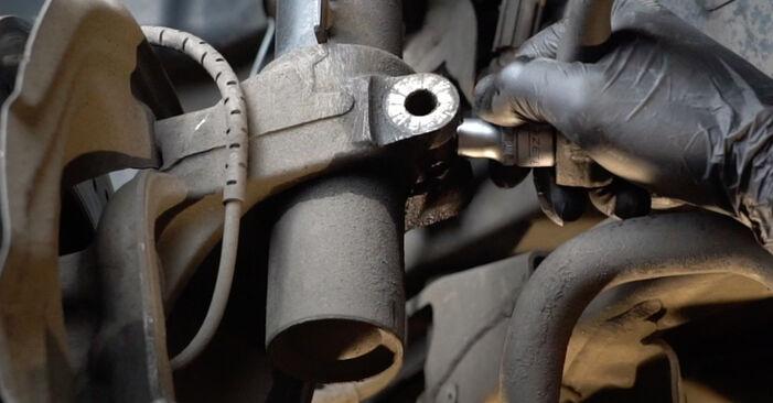 Zweckdienliche Tipps zum Austausch von Stoßdämpfer beim BMW 1 Coupe (E82) 135i 3.0 2008