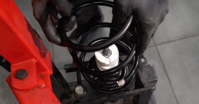 Wie Stoßdämpfer BMW 1 Coupe (E82) 123d 2.0 2007 austauschen - Schrittweise Handbücher und Videoanleitungen
