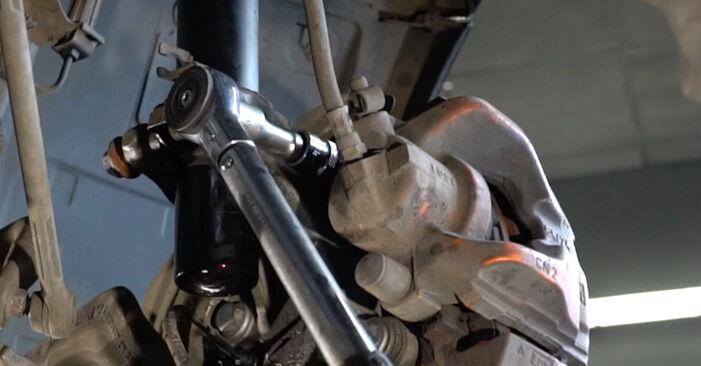 Stoßdämpfer Ihres BMW E82 123d 2.0 2008 selbst Wechsel - Gratis Tutorial